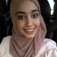 Aya Basam, Greensborough tutor in VCE Biology, Math Methods, Chemistry.